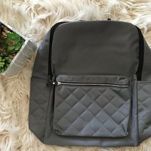 • New quilted grey backpack •